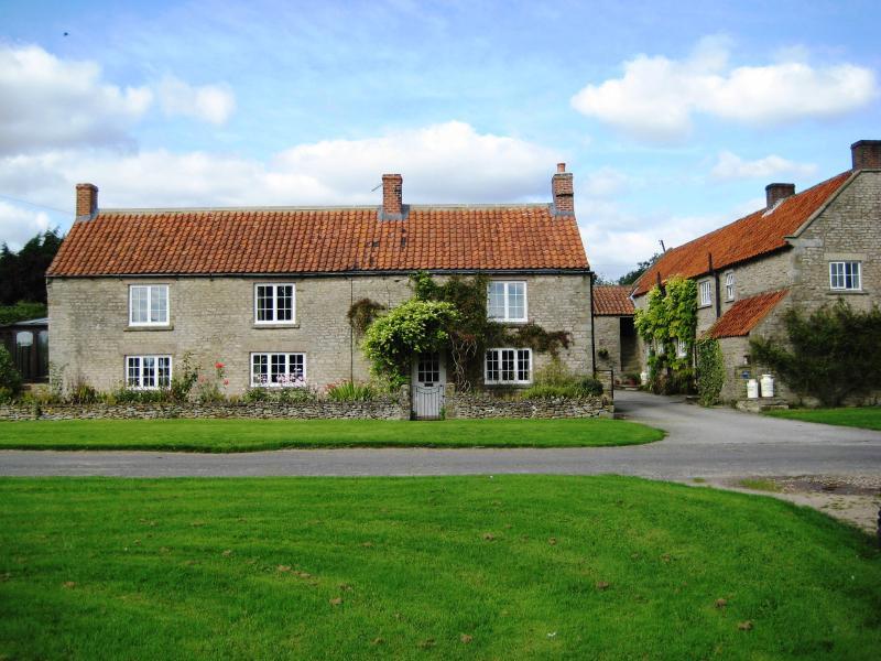 North Farm comprises of 3 bedroom Farm House, 2 bedroom (Big) Cottage, 1 bedroom (Small) Cottage