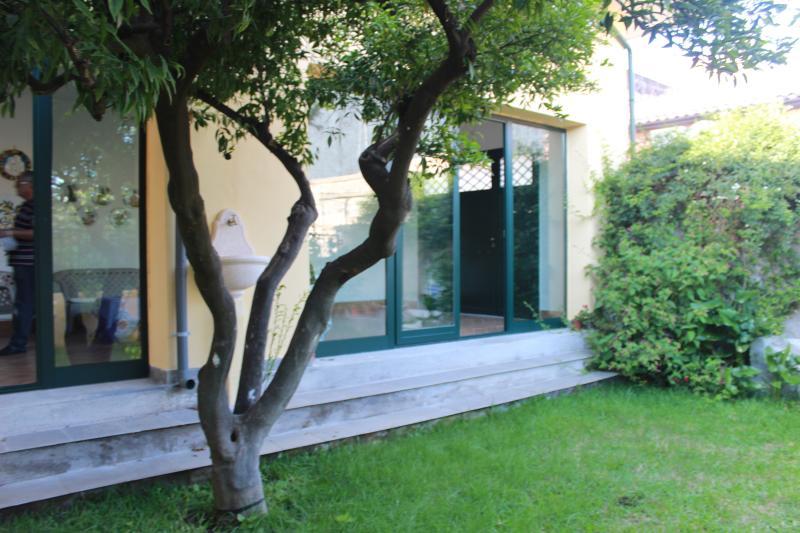 VILLA HORTENSIA, holiday rental in San Giovanni la Punta