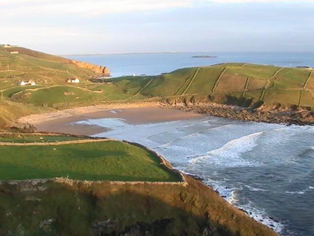 Trá Lathar, primarily a surfing beach