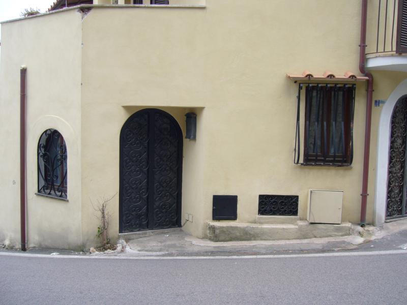 miniappartamento centro storico Circeo, vacation rental in Colonia Elena