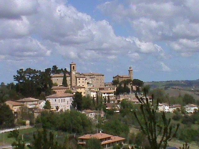 19 Piazza San Marco, holiday rental in Montefortino