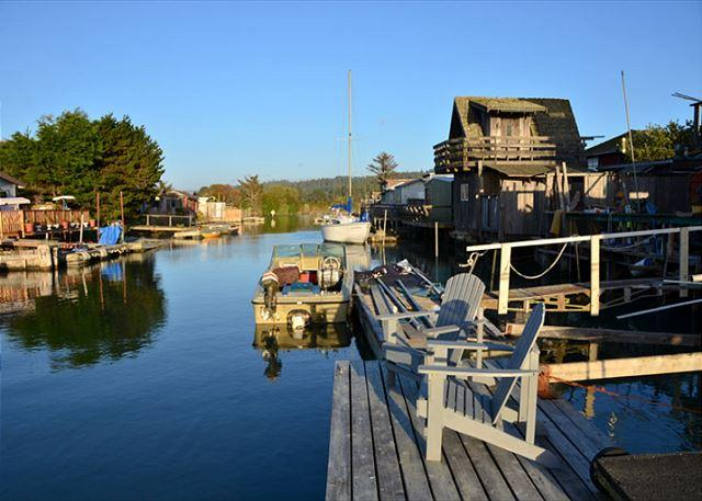 Dock at high tide! Perfect for you own private launch!