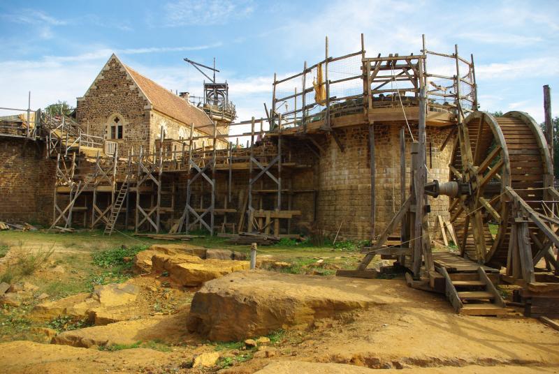 De bouw van een Mideleeuwse burcht: Guédelon