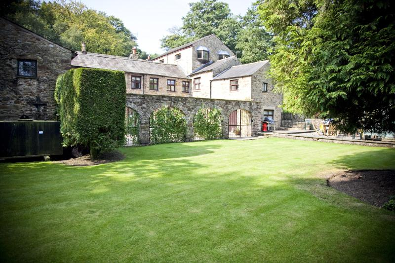 Courtyard Cottage, holiday rental in Clayton-le-Dale