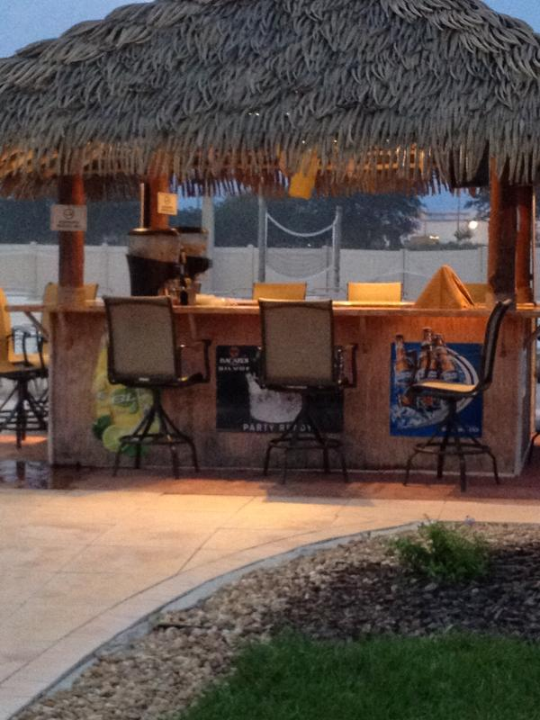 Regal Palms - Tiki Bar
