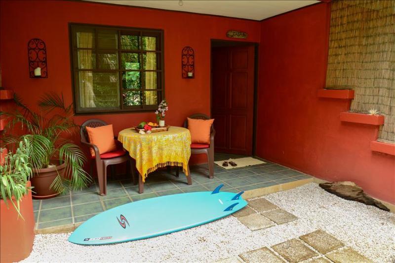 Casa Camaleon 2 - - Studio Beach Cabina, holiday rental in Playa Grande
