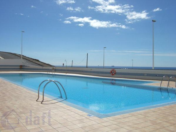 Private 25 metre adult pool