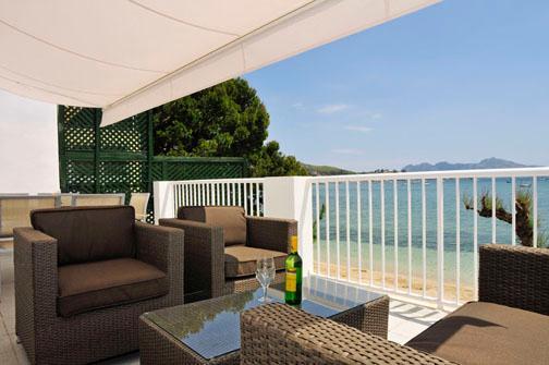 Pinewalk Apartment Mino - 3bedroom modern and bright apartment in the Pinewalk, aluguéis de temporada em Formentor