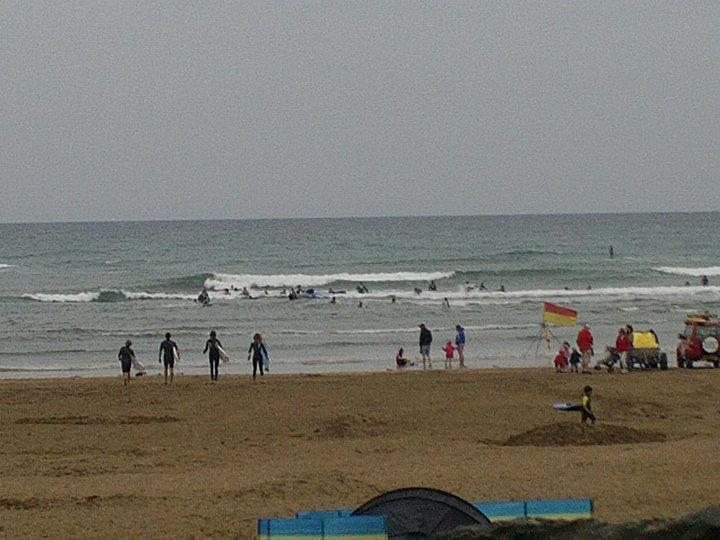 Summerleaze Beach - Lets go surfing...
