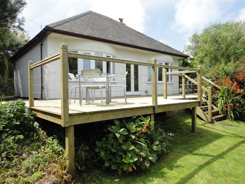 Welcome to your  sea views holiday home - Mayfield.
