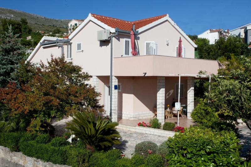 ApartmentVal, holiday rental in Podstrana