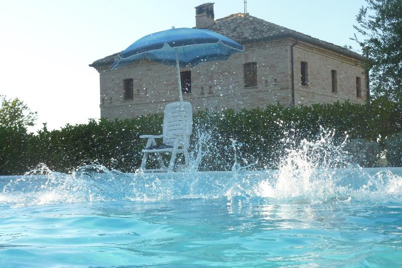 Splash! Lovely Villa in Italy