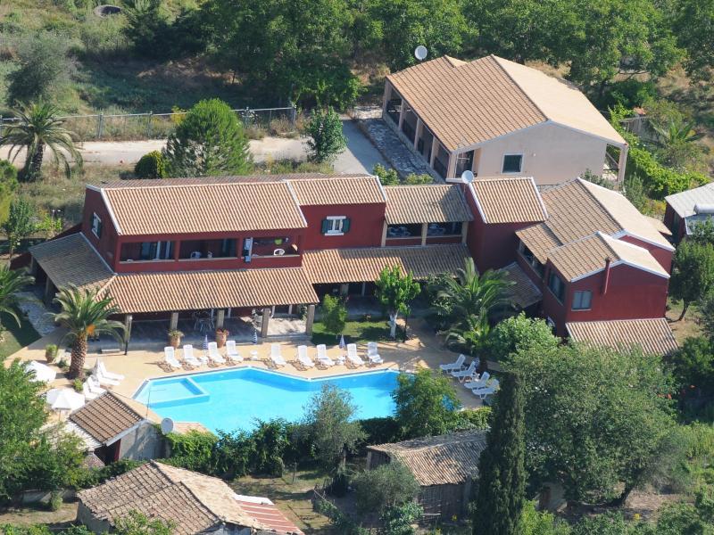 Blue Dreram, location de vacances à Velonades