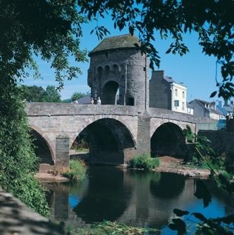 The old bridge over the river Monow at Monmouth
