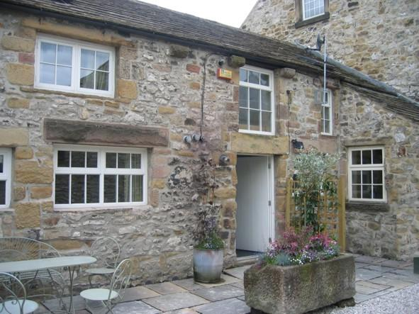 Beautiful Cottage with parking in centre of Bakewell for up to 6 people., holiday rental in Bakewell