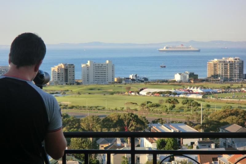 Panoramic view over Green Point Park, Table Bay and Robben Isalnd