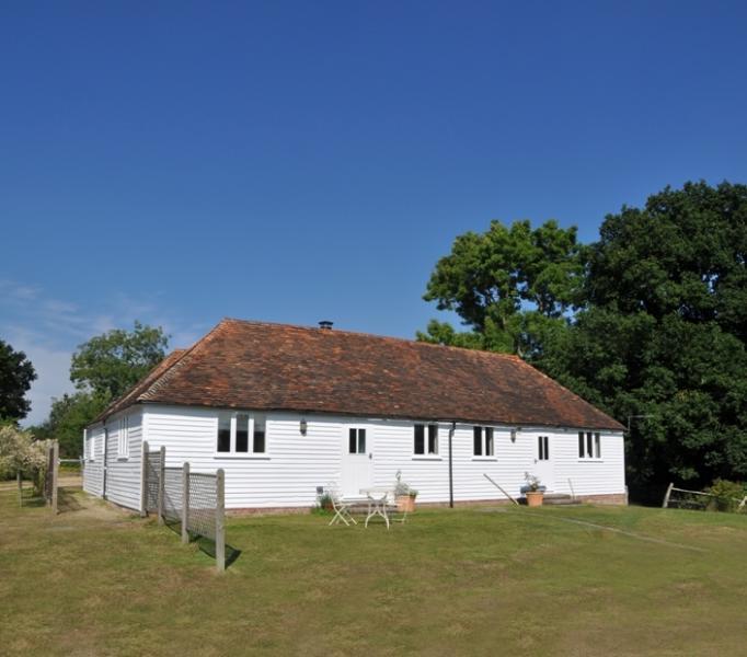 Prawles Coach House Barn, vacation rental in Burwash