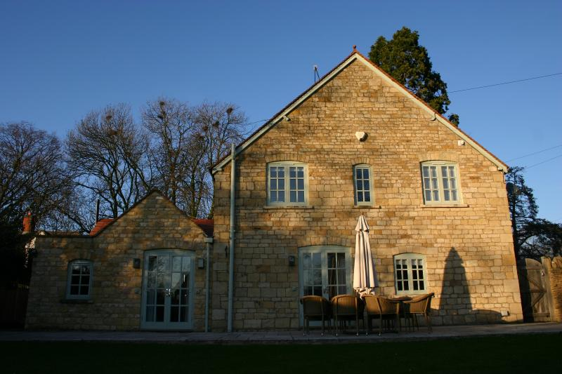 1 Manor Lodge Cottages