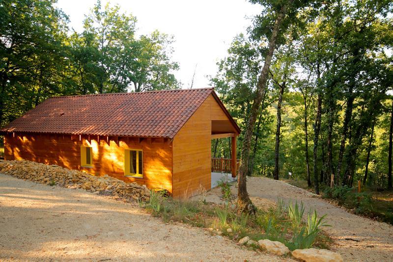 Village Enchanteur Gîtes spacieux, location de vacances à Montignac