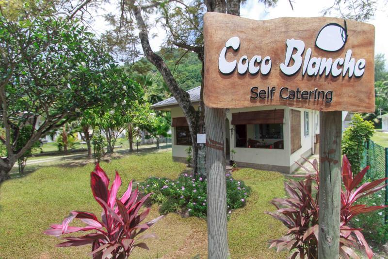 Coco Blanche Ocean View Villa front facing