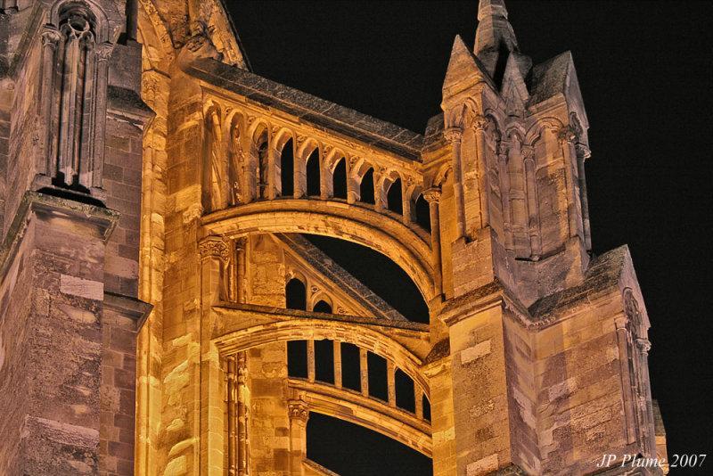 Détail de la basilique à 250 mètres