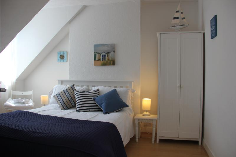 Harbour Loft one minute from beach, vacation rental in Whitstable