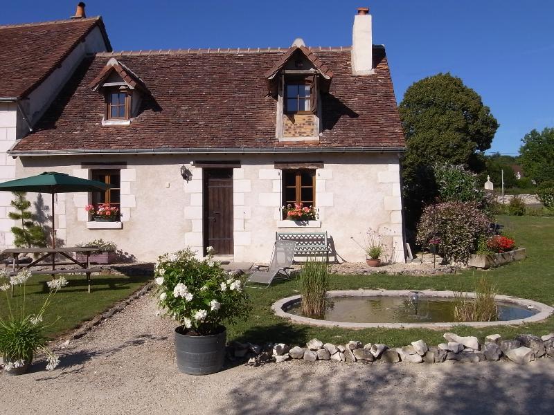 The Farmhouse, casa vacanza a Indre