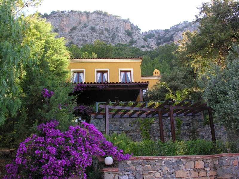 Rosmarin Villa, vacation rental in Gocek