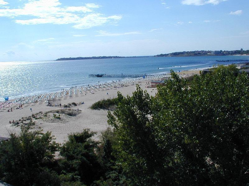 Sunny Beach's beach