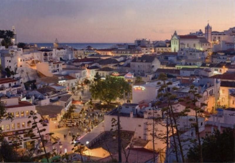 Albufeira for night life