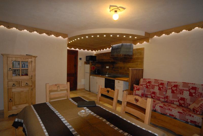 Cervinia luxury ski apartment, Ferienwohnung in Valtournenche
