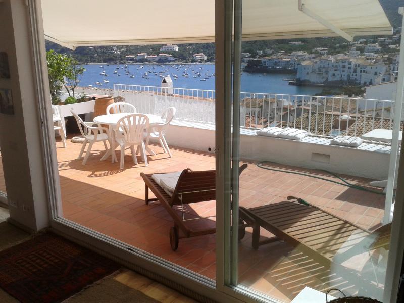 YOUR DREAM IN CADAQUES-sea view WIFI AND GARAGE (HUTG-001316-09), alquiler vacacional en Cadaqués