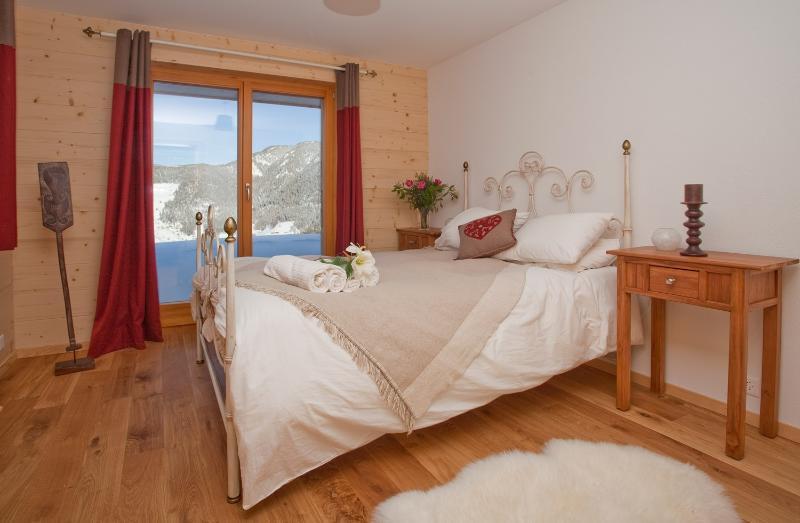 Bedroom 1, stunning views