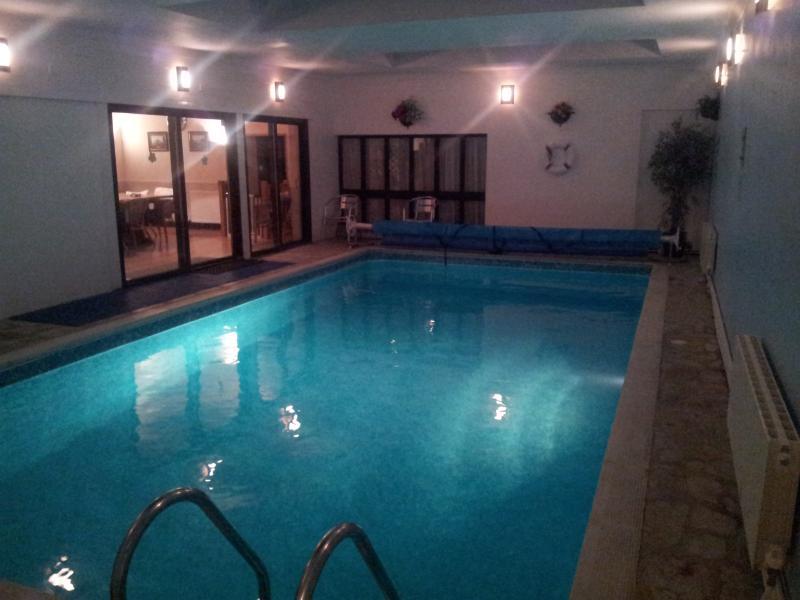 Exclusive Heated Indoor Pool (28ft x 14ft)