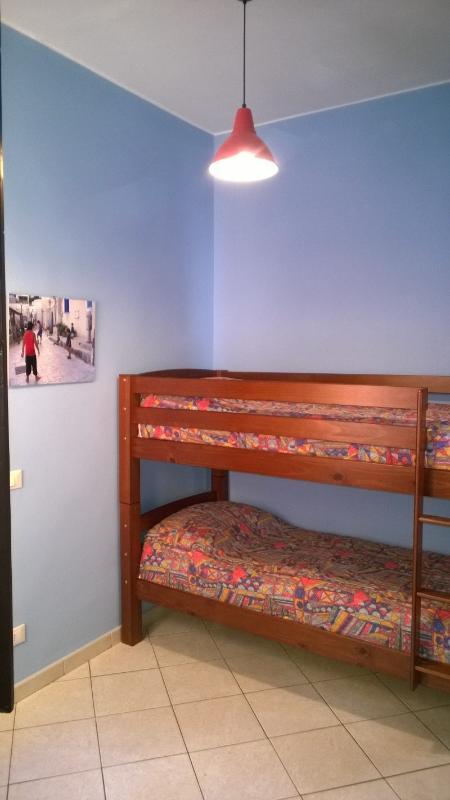 bedroom with bunk beds – bedroom with bunk bed