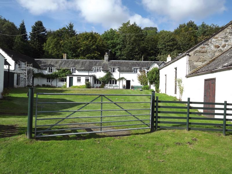 Morenish House, by Killin, Loch Tay - great for a family/ friends get-together!, vacation rental in Loch Lomond and The Trossachs National Park