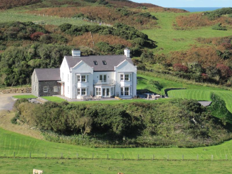 Llanlliana Coastal Retreat, vacation rental in Cemaes Bay