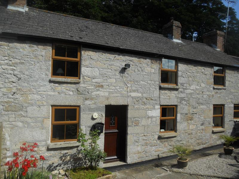 The beautiful Star Cottage - 250 year old Cornish granite holiday home