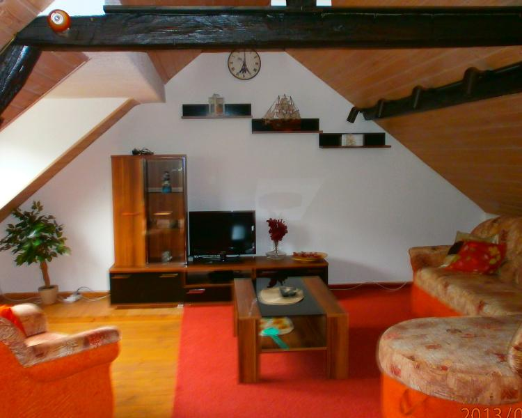 Large upstairs lounge with views of the river