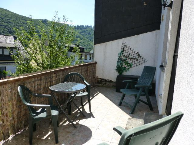 South westerly facing Terrace, for having breakfast in the sun.
