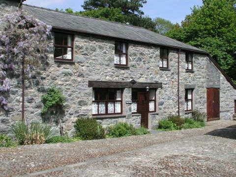Maes Masarn, holiday rental in Rowen