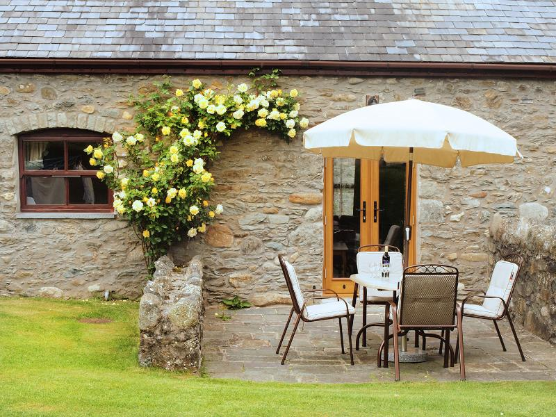 Plas Yw, holiday rental in Rowen