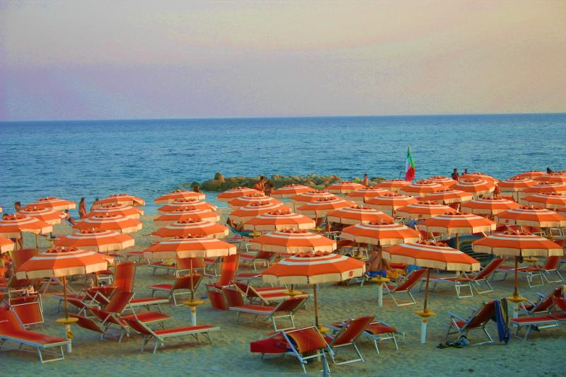nearby beaches-beaches nearby