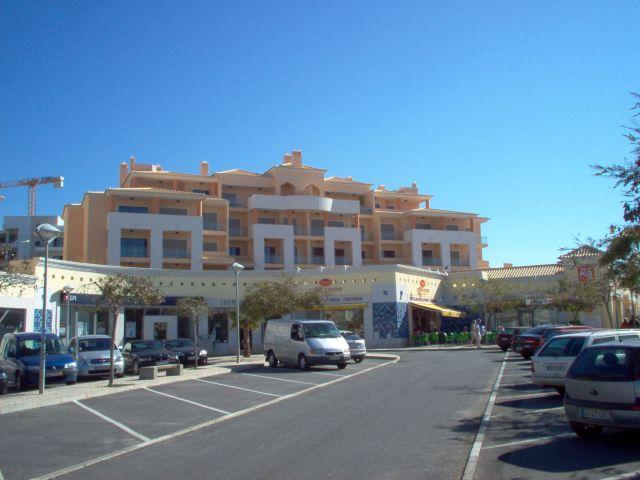 Apartment with shared pool close to the beach, free Wifi – semesterbostad i Albufeira