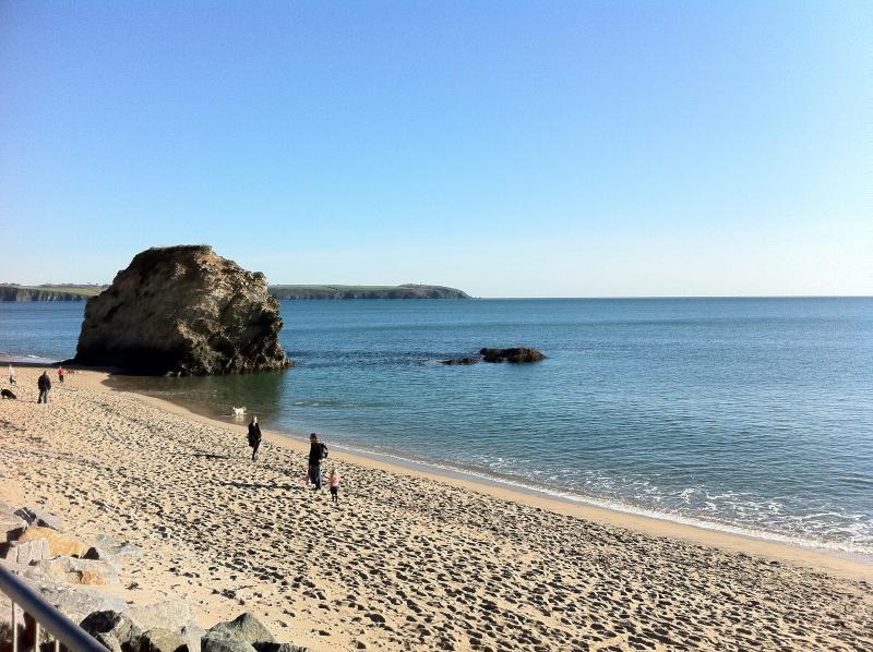 Carlyon Bay 15 minutes away