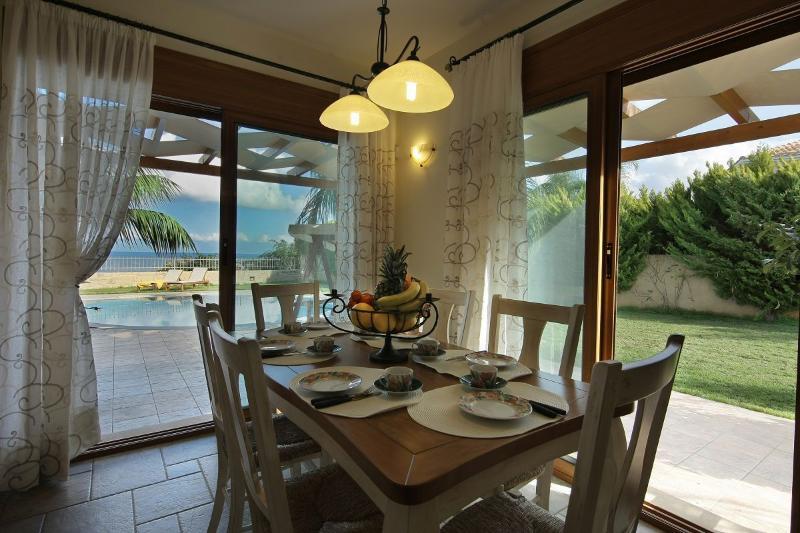Pandora Villas Villa Aphrodite dining aerea