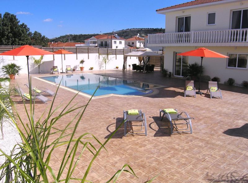 Seren, Ferienwohnung in Distrikt Larnaca