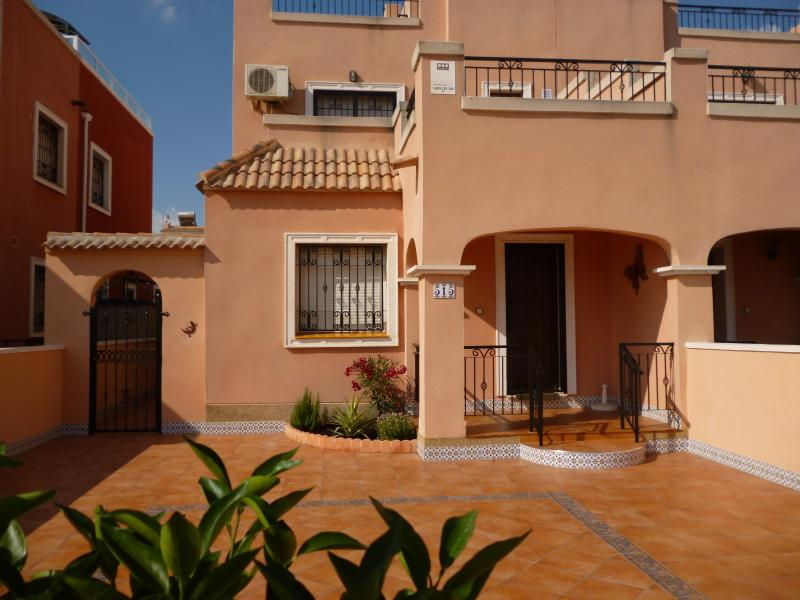 La Herrada  515    Calle Amapola 25, 8 With Pool Los Montesinos, holiday rental in Algorfa