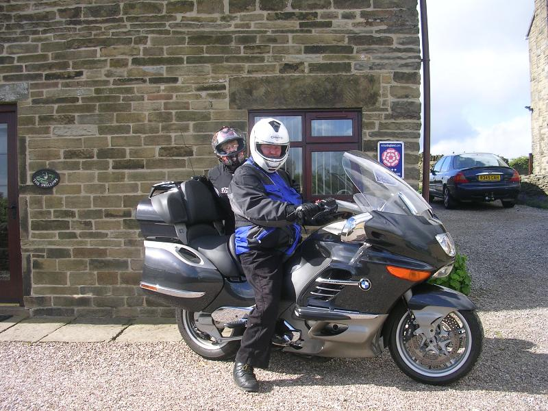 Motor cyclists welcome (secure garage available)