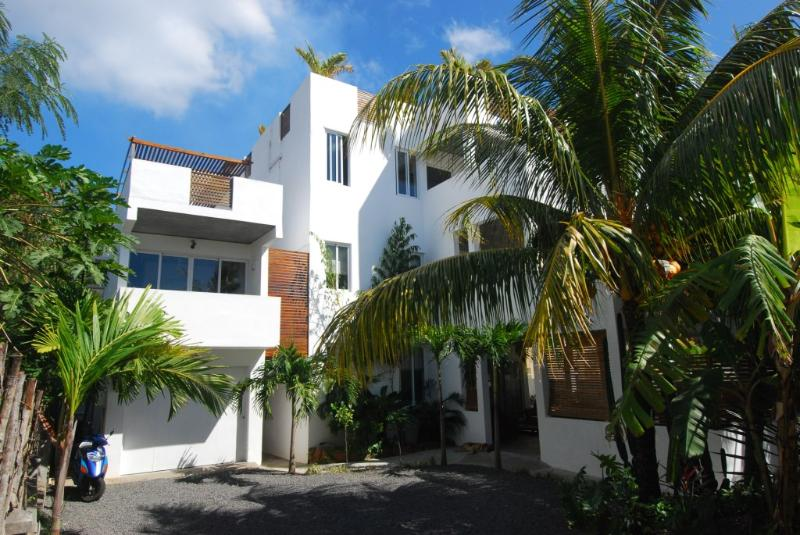 Villa Ayr: 3 Bedroom Family Size Apartment, vacation rental in Mauritius